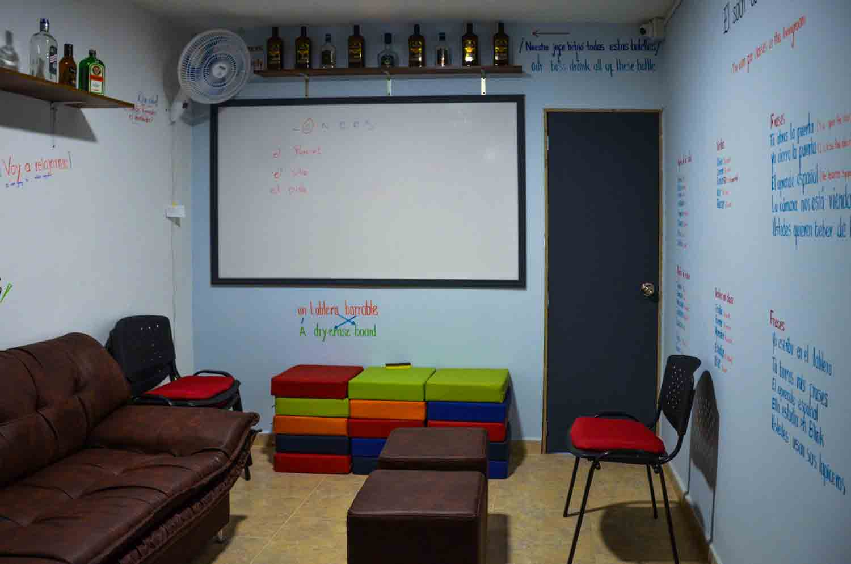 Free Spanish classes Medellin Colombia | Blinkspanish.com